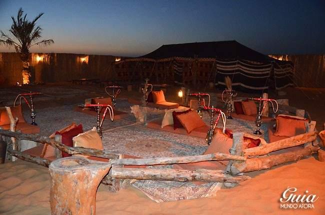 Acampamento no deserto de Dubai