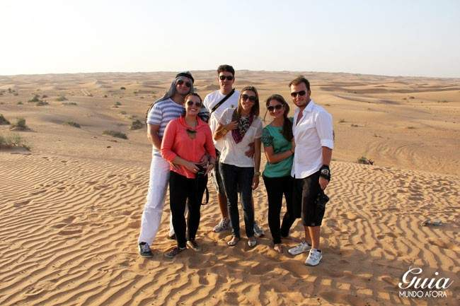 Grupo no safari do Deserto em Dubai