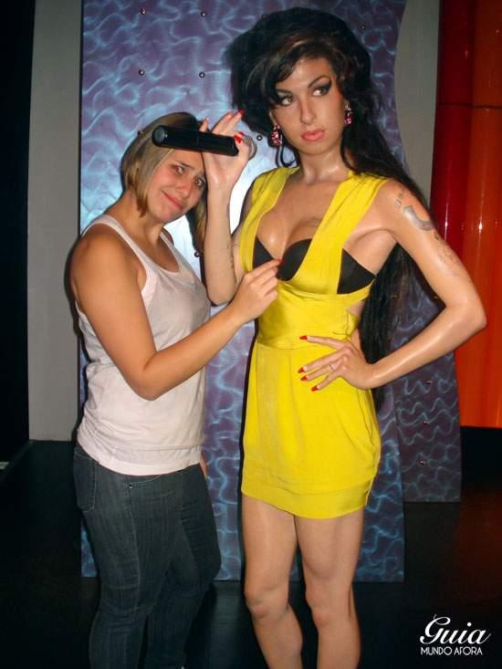 Amy Winehouse de cera.