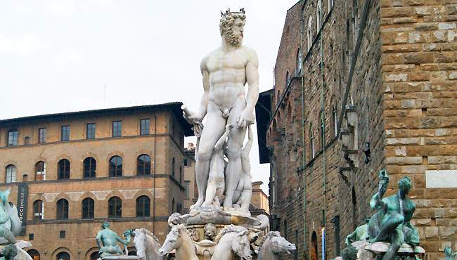 Davi um dos Pontos Turísticos em Florença