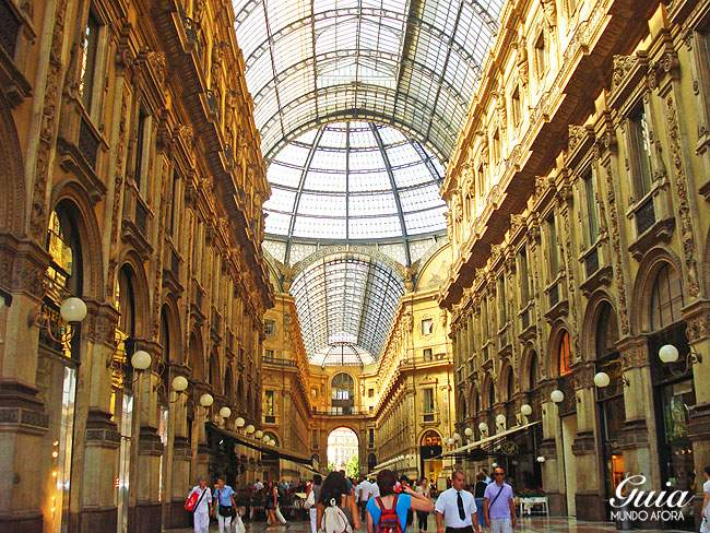 Teto da Galeria Vittorio Emanuelle em Milão
