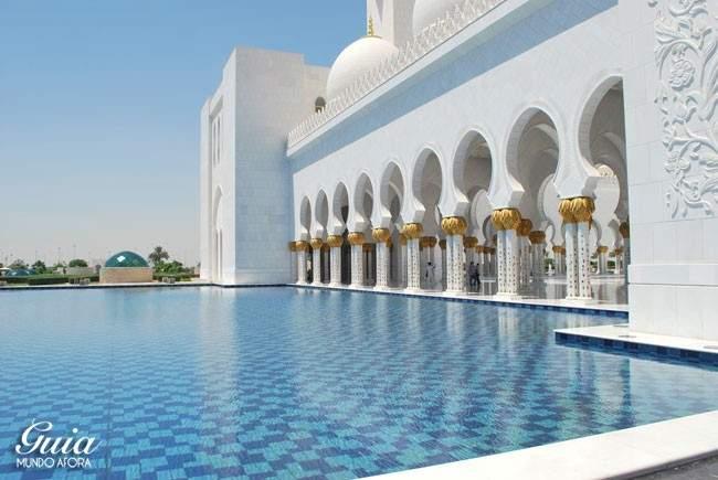Exterior Sheikh Zayed Grand Mosque
