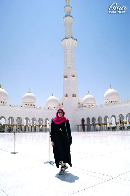 Burca na Mesquita de Abu Dhabi