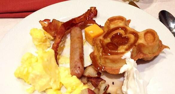 Como tomar Café da manhã com personagens na Disney?