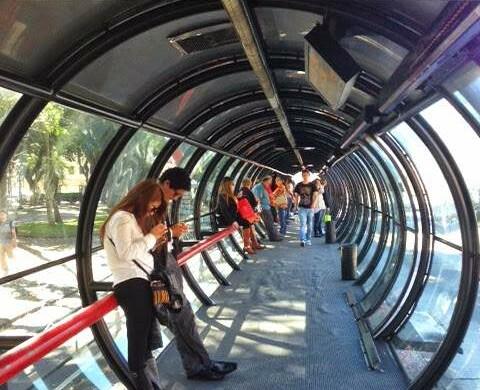 Como andar de ônibus nas estações tubo em Curitiba: as impressões de uma carioca
