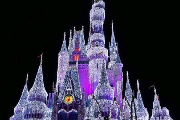 Frozen Holiday Wish – Elsa congela o castelo da Cinderela
