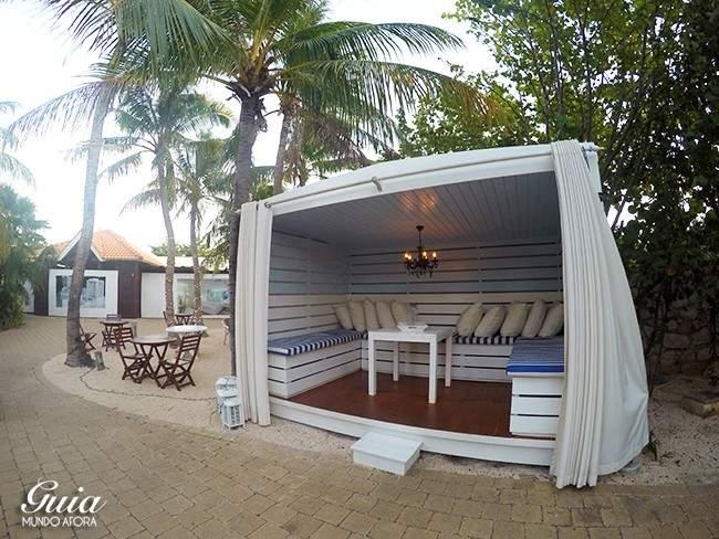 Lounge da piscina Floris Suite