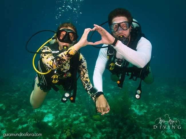 Casal mergulho em Curaçao