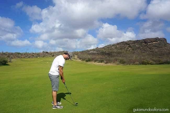 Jogando no horário promocional de Golf