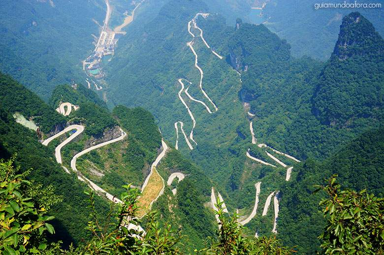 Estrada de 99 curvas em Zhangjiajie