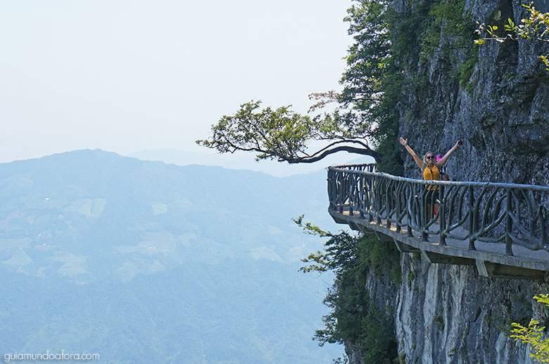 montanha-china Zhangjiajie: um dos lugares mais SENSACIONAIS da China!