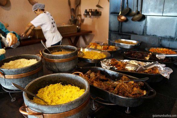Onde comer em Bonito? Vale a pena almoçar nos passeios?