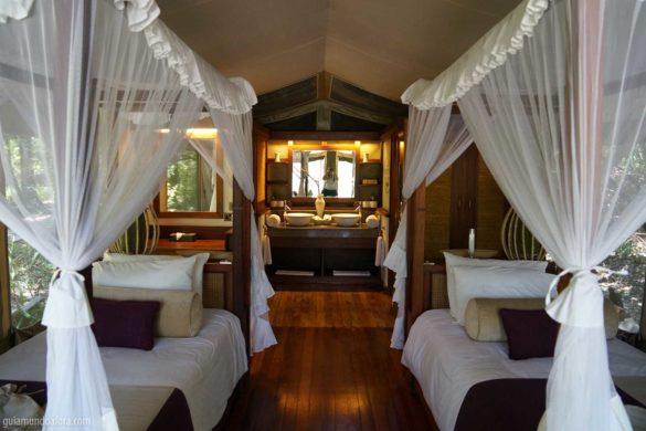 Dormindo em uma tenda luxuosa na Savana no Quênia