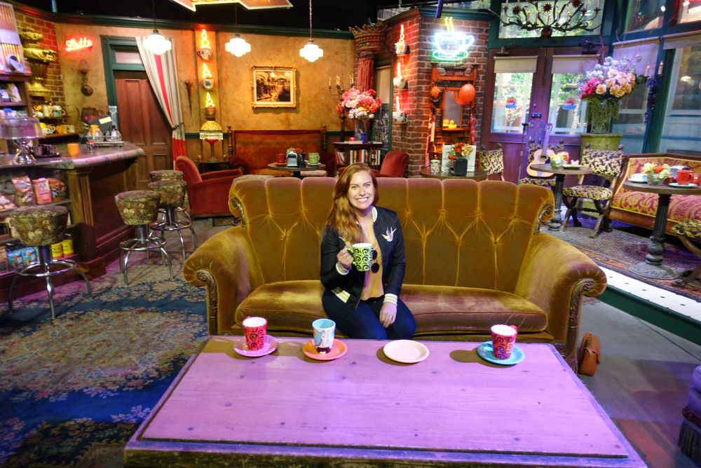 café de Friends no Tour da Warner em Los Angeles
